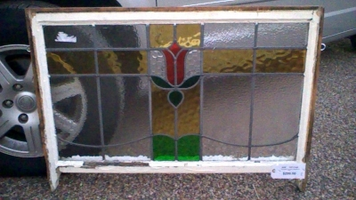 15K18 STAINED GLASS WINDOW.jpg