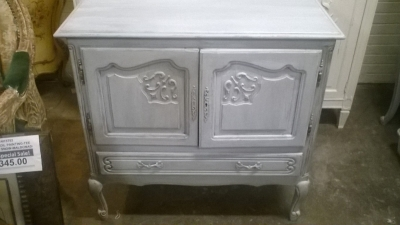 15K10 PAINTED LOUIS XV CABINET.jpg