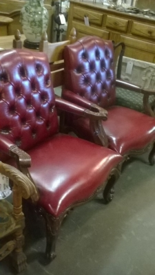 15K23 PAIR OF FAUX LEATHER ARN CHAIRS (1).jpg