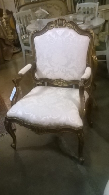 15K14021 PARTIAL GILT LOUIS XV FAUTEUIL (2).jpg