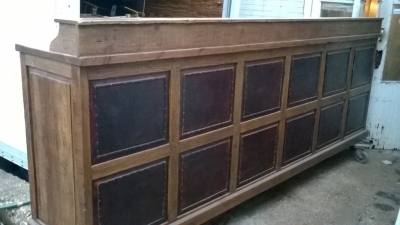 15K24821 HUGE PINE COUNTER WITH DRAWERS AND SHELVES AND LEATHER FRONT (3).jpg
