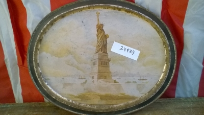 15K24929 TIN STATUE OF LIBERTY PLATE.jpg