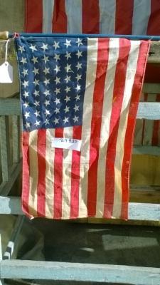 15K24930 MEDIUM AMERICAN FLAG ON POLE.jpg