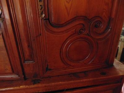 14d14 Buffet Deux corp detail
