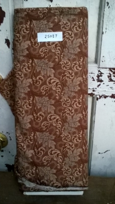 15K25037 BOLT OF PAISLEY PRINT FABRIC.jpg
