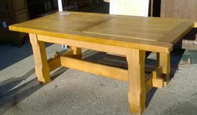 15L10 BELGIAN OAK TABLE.jpg