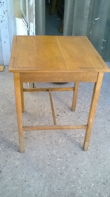 15L10 CHIP CARVED TOP TABLE (1).jpg