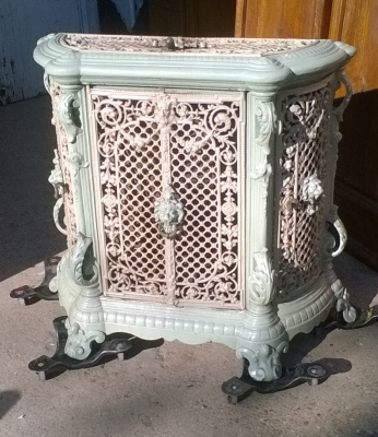 15L10 ENAMELED CAST IRON HEATER STOVE  (2).jpg