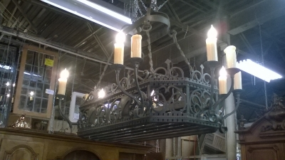 15L10 LARGE HEAVY CAST IRON CHANDELIER WITH POT HANGERS (1).jpg