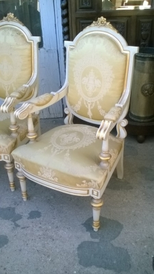 16A10009 SPANISH LOUIS XVI STYLE ARM CHAIRS (2).jpg