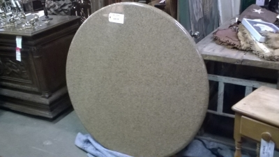 16A ROUND GRANITE TABLE TOP.jpg