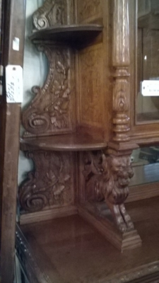 16A10001 LARGE CARVED FRENCH HUNT CABINET (25).jpg
