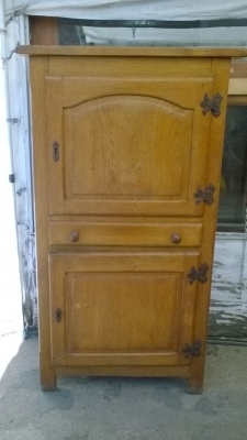 16B02002 OAK 2 DOOR HOMME DU BEA.jpg