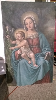 16B02008 PAINTING OF MADONNA AND CHRIST (2).jpg