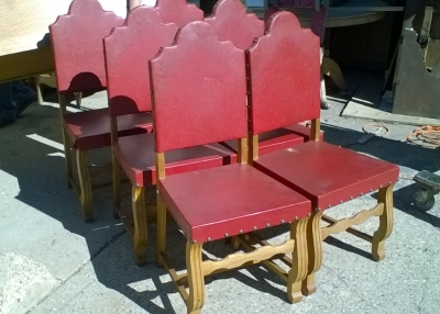 16B02016 SET OF 6 ARCHED BACK RED LEATHER CHAIRS (2).jpg