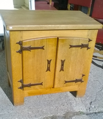16B02019 RUSTIC 2 DOOR SIDE CABINET (1).jpg