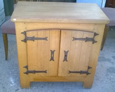 16B02019 RUSTIC 2 DOOR SIDE CABINET (2).jpg