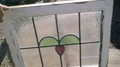 16B02047 STAINED GLASS WINDOW.jpg