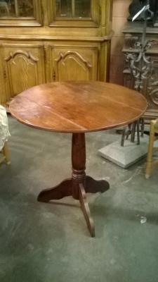 16B  ROUND PINE TABLE (1).jpg