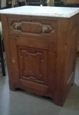 16B MARBLE TOP VICTORIAN STAND.jpg