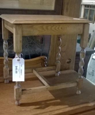 16B06013 BARLEY TWIST SIDE TABLE.jpg