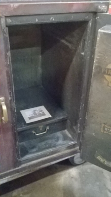 36 87230 ANTIQUE 19TH CENTURY DOUBLE DOOR SAFE- PHILLIPS AND SONS (8).jpg
