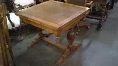 16B16 ENGLISH PEDESTAL BASE PUB TABLE (1).jpg