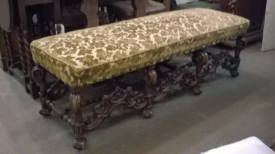 16B24 LARGE CARVED FRENCH BENCH   (1).jpg