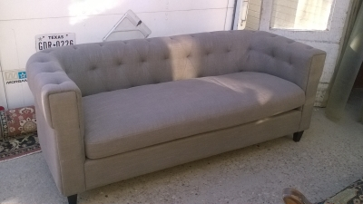 16B16220 MODERN GREY CHESTERFIELD SOFA 3 OF 3 (5).jpg
