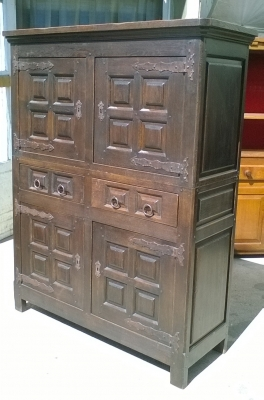 16C04004 DARK RAISED PANEL 4 DOOR CABINET (1).jpg