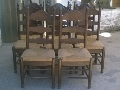 16C04009 SET OF 8 DARK OAK LADDER BACK CHAIRS (1).jpg