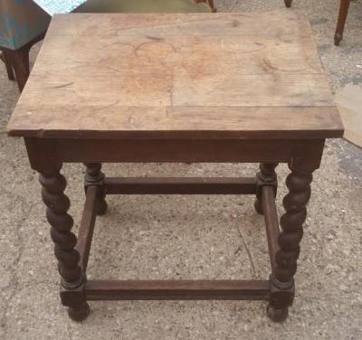16C04012 BARLEY TWIST PEGGED TABLE (1).png