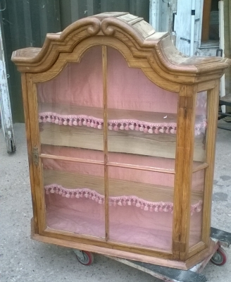 16C04018 EARLY DUTCH PINE  WALL CABINET.jpg