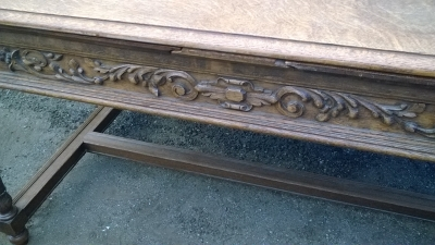 16C04019 CARVED OAK LIBRARY TABLE (3).jpg