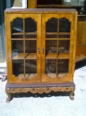 16C04036 BURLED BOOKCASE WITH SCROLL FEET.jpg