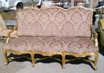 16C03012 GILT LOUIS XV SOFA.jpg