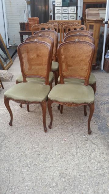 16C04003B SET OF 6 LOUIS XV CANED BACK CHAIRS (1).png