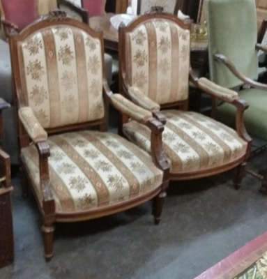 16C04034A PAIR OF LOUIS XVI ARM CHAIRS (1).jpg