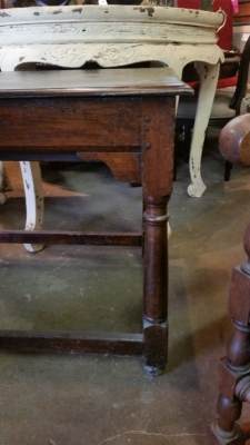 16C04061 EARLY OAK WORK TABLE WITH DRAWER (2).jpg