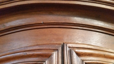 16C04063 EARLY DUTCH OAK ARMOIRE (4).jpg