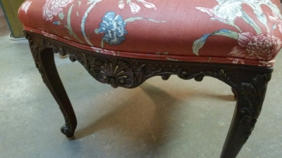 16C04094D LOUIS XV RED FABRIC CHAIR (3).jpg