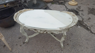 16C04098 PAINTED GLASS TOP COFFEE TABLE.jpg
