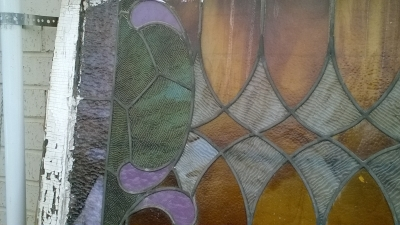 16C13009 LARGE ROOTBEER STAINED GLASS WINDOW (3).jpg