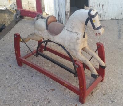 16C13019 SMALL ROCKING HORSE (1).jpg
