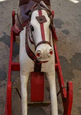 16C13020 LARGE ROCKING HORSE (2).jpg