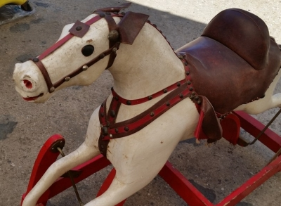 16C13020 LARGE ROCKING HORSE (3).jpg