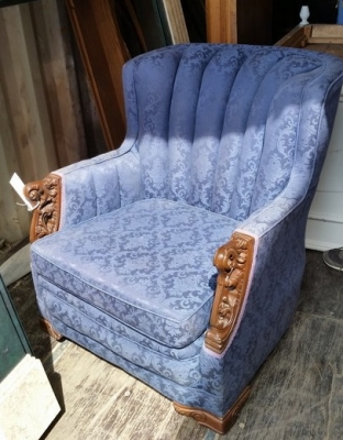 16C13045 DEPRESSION ERA BLUE CHAIR WITH CARVINGS (1).jpg