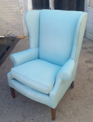 16C13046 LIGHT BLUE WINGBACK CHAIR.jpg
