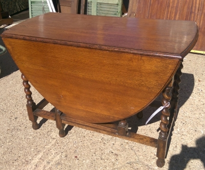 16C19004 LARGE BARLEY TWIST DROPLEAF TABLE.jpg