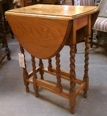 16C19011 SMALL LIGHT OAK BARLEY TWIST DROPLEAF TABLE (2).jpg
